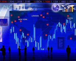 Giá vàng tăng, thị trường băn khoăn Trung Quốc phản ứng với hóa đơn Hồng Kông của Mỹ